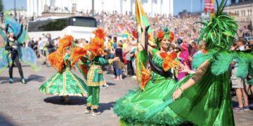 Helsinki Samba Carnaval esittää