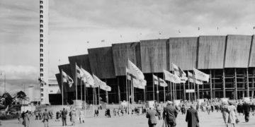 Omatoimikierros: Helsingin olympiarakennuksia vanhoissa valokuvissa